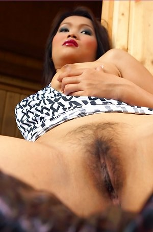 bulma karder,close up,hairy pussy,hot,nude,pussy,solo girl,spreading,