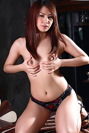beautiful,hairy pussy,pimmala,solo girl,spreading,stripping,